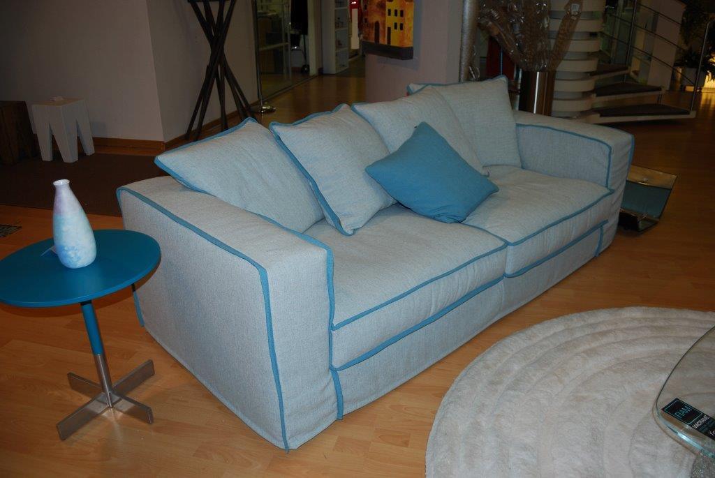 Mandarini arredamenti divano agio modello elena for Mandarini arredamenti